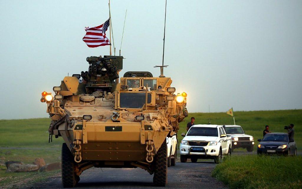 Trump'ın Suriye'den çekilme, ABD zırhlı araçlarının yola çıkmasıyla başladı