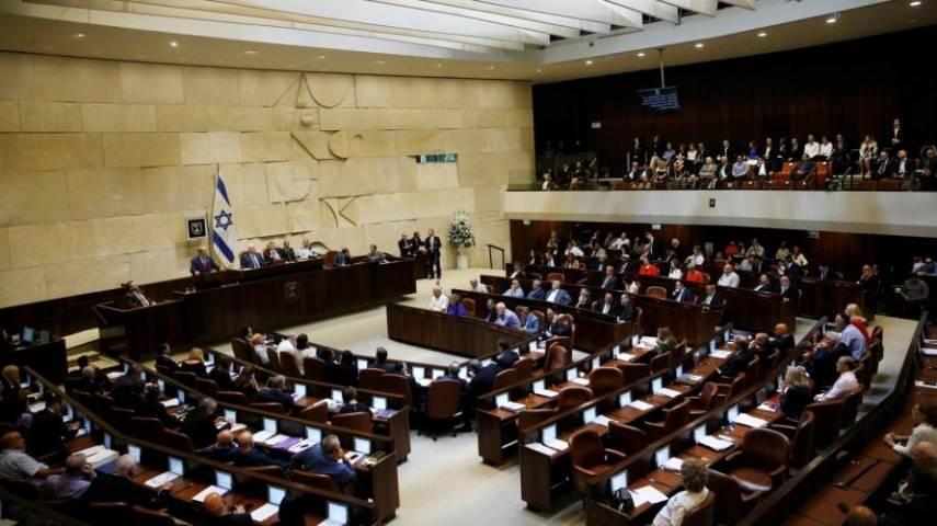 İsrail parlamentosu resmen hükümeti feshetmek için oy kullandı