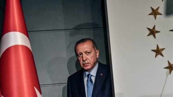 Türk hükümeti, Türkiye'deki El Kaide gruplarının izlenmesini askıya aldı