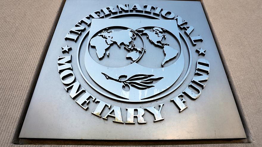 IMF: Türkiye 2019'da Yüzde 2,5 Küçülür, 2020'de Yüzde 2,5 Büyür