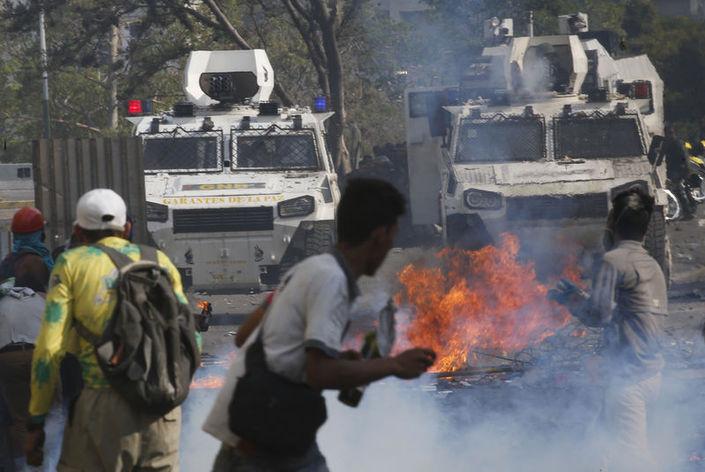 Venezuela'da Darbe girişiminde ne oldu ?
