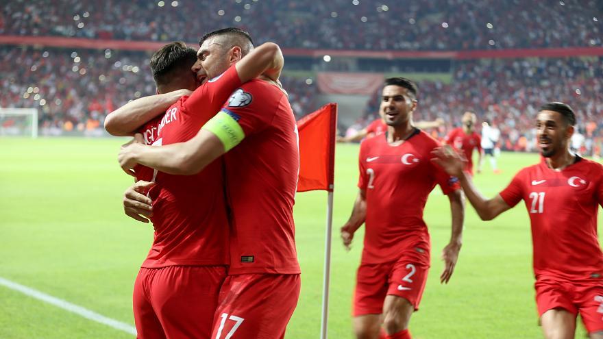 son dünya şampiyonu Milli Futbol Takım  Fransa'yı kazanmayı başardı.