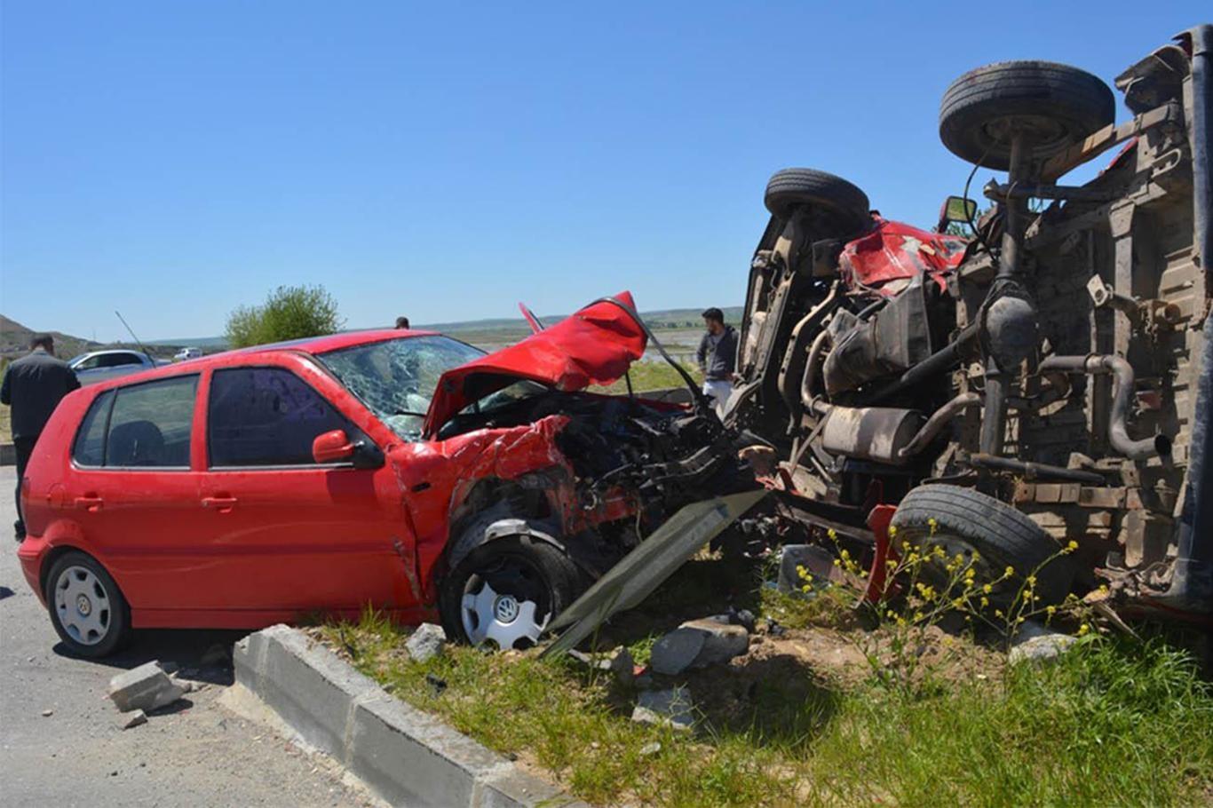 Bayram tatilinde trafik kazalarında kaç kişi hayatını kaybetti ?
