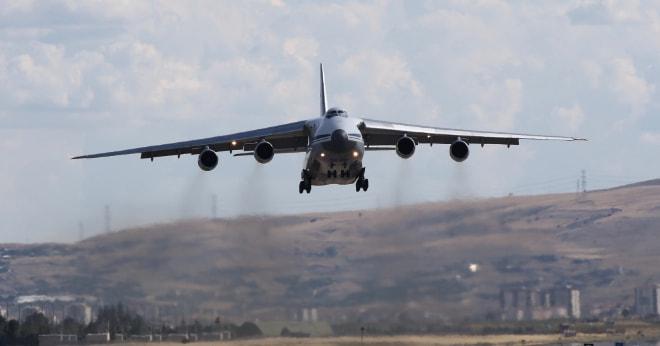 S-400 teslimatında Yedinci uçak da Mürted Üssü'ne indi.