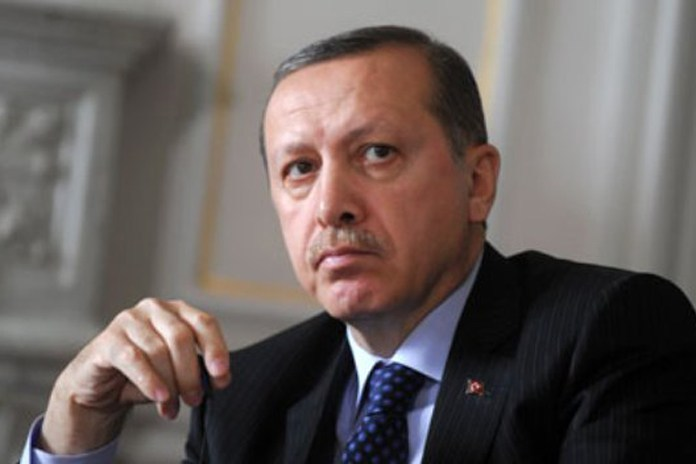 Başkan Erdoğan MİT 'in yeni binası nda incelemelerde bulundu.