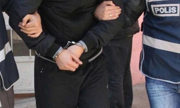 Başkan Erdoğan'a hakaret eden muhtar tutuklandı .
