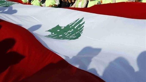 احتجاجات لبنان.. 'إثنين السيارات' يشلّ حركة المرور