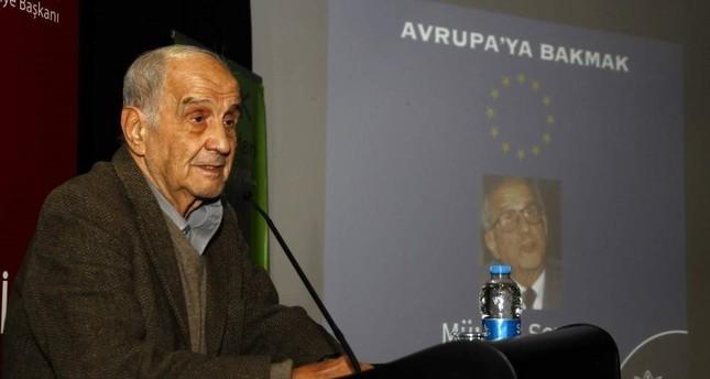 Former Turkish FM, constitutional law professor Mümtaz Soysal dies…